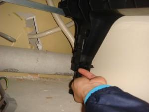 ビルトイン食器洗い乾燥機 施工の様子