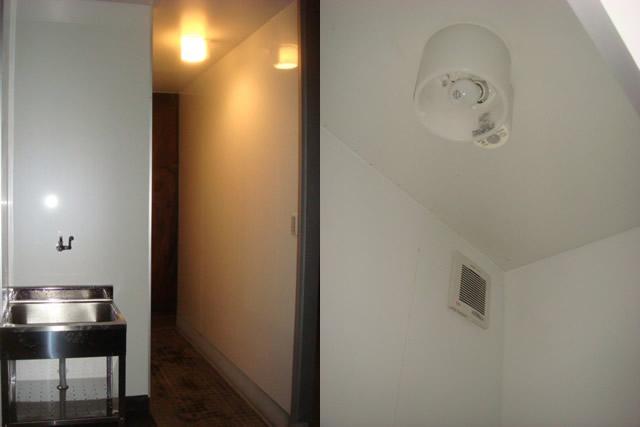 トイレリフォーム 換気扇 照明 センサーライト 電気工事も自社施工