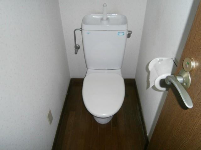 トイレ取替工事 施工事例 半田市 撤去前