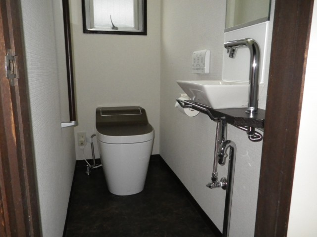 TOTO(手洗いセット)・パナソニック(トイレ)アラウーノS・レストルームドレッサMシリーズ