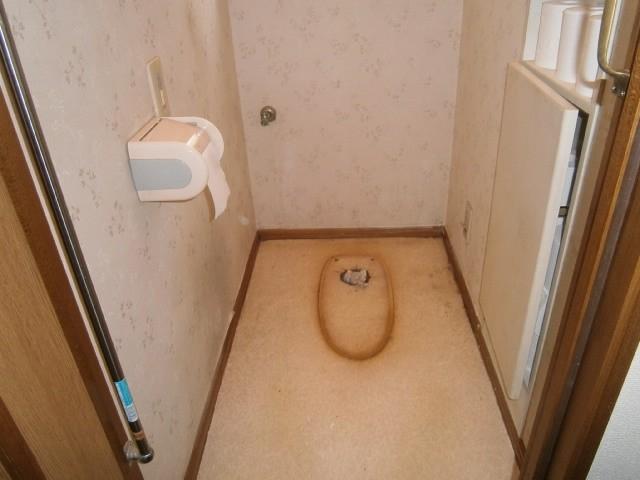 トイレ取替工事 施工事例 豊田市 撤去後