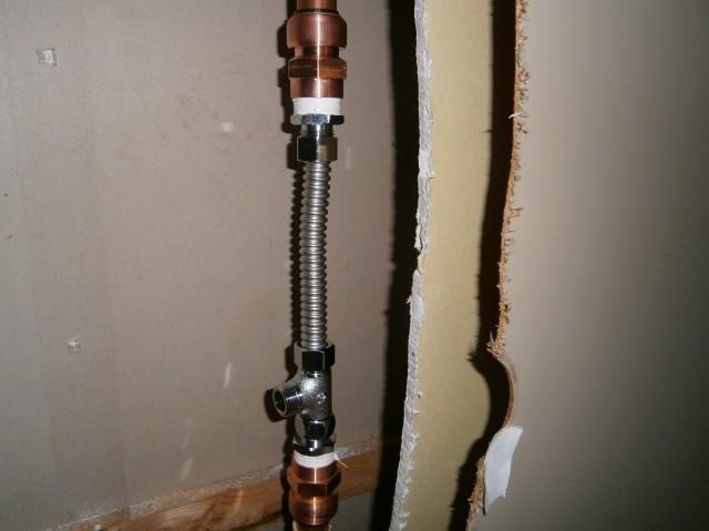 食洗器取付工事 施工事例 知多郡東浦町 給水管