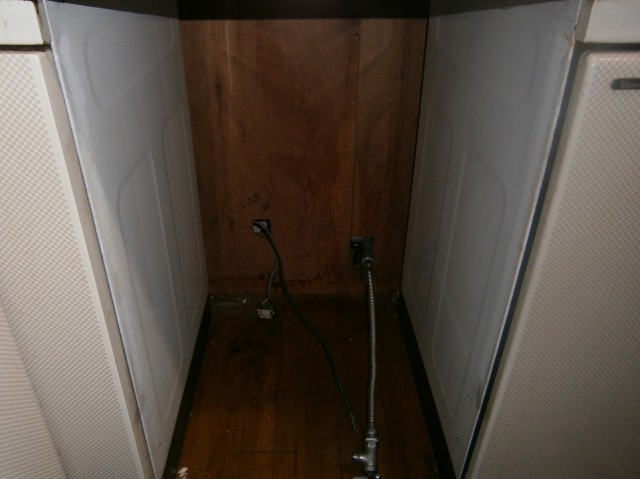 食洗器取替工事 施工事例 名古屋市中村区 撤去後
