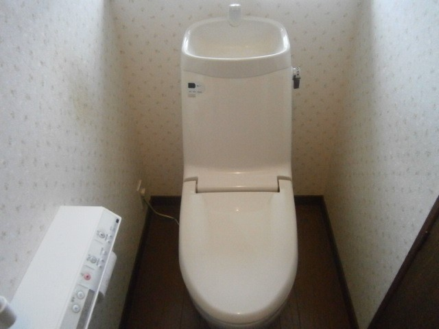 トイレ取替工事 施工事例 三重県桑名市 施工前