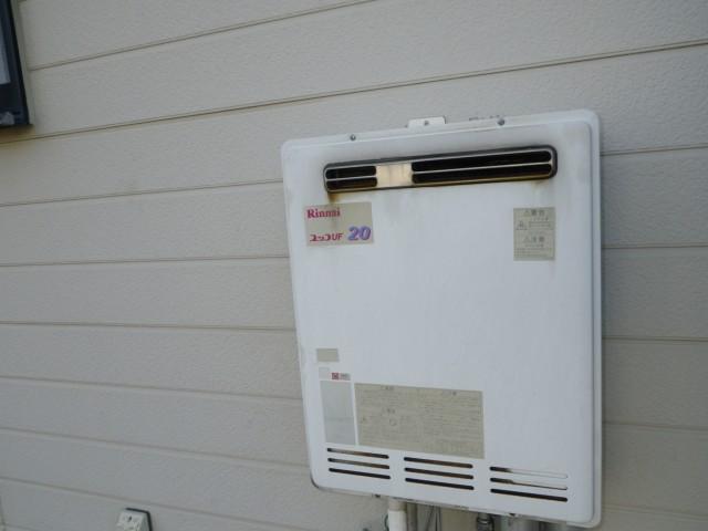 ガス給湯器取替え工事 施工事例 豊川市 施工前