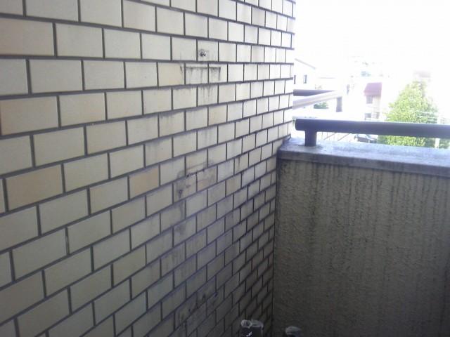 給湯器取替え工事 施工事例 名古屋市名東区 撤去後