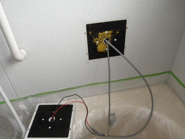 浴室テレビ取替工事 施工事例 津島市 施工中