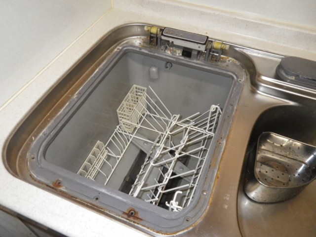 名古屋市緑区 トップオープン食洗器取替工事 撤去中