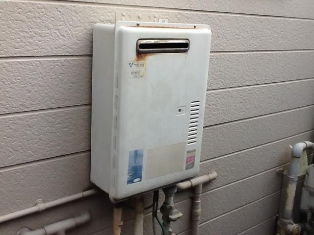 知多郡武豊町 ガス給湯器 交換工事 施工前
