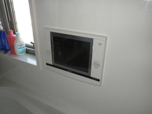 一宮市 浴室テレビ 交換工事 施工前