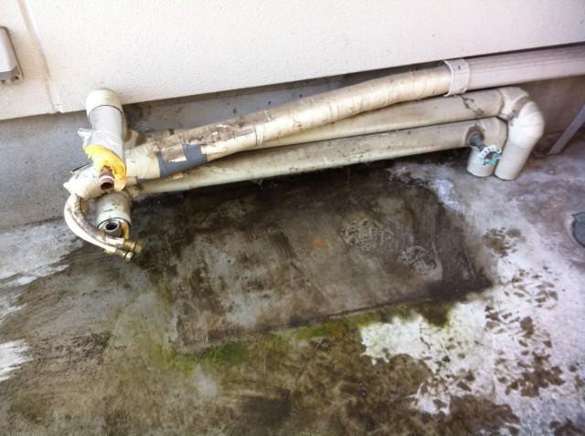 山県市 石油給湯器取替工事 撤去後