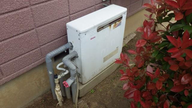 知立市 ガス給湯器取替工事 施工前