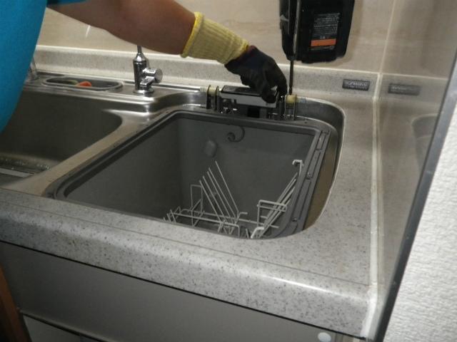 名古屋市中区 食洗機取替工事 撤去中