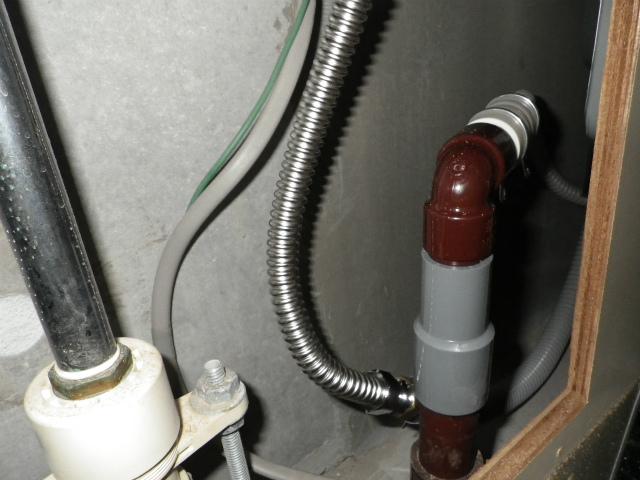 名古屋市中区 食洗機取替工事 排水管施工後