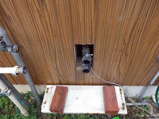 名古屋市南区 ガスふろ給湯器取替工事 撤去後