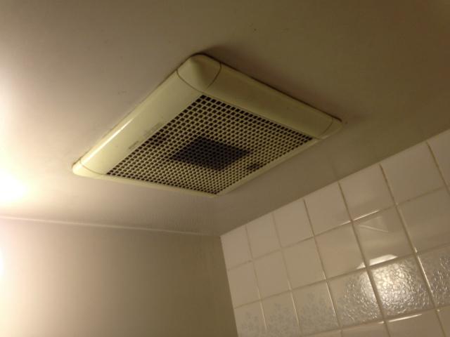 浴室換気扇取替工事 (豊田市) 施工前