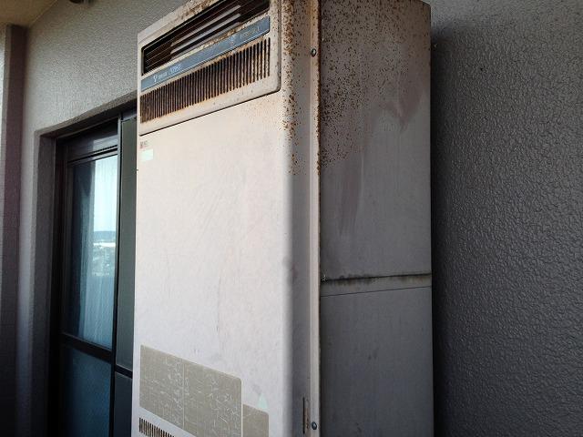 愛知県岩倉市Y様邸給湯器取替工事 施工事例 施工前