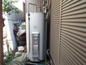 電気温水器取替工事(名古屋市中川区)施工前