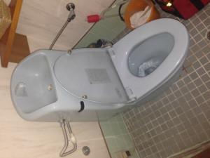 名古屋市中村区M様邸トイレ取替工事施工事例 施工前