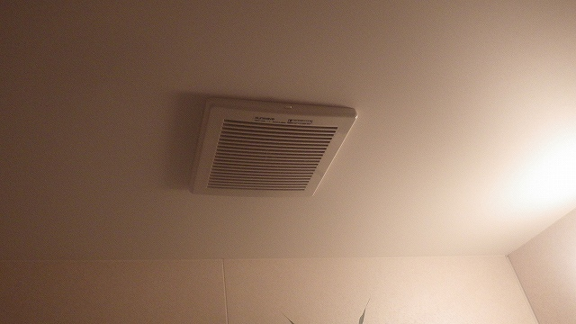 瀬戸市小金町浴室換気扇パナソニックFY-17C6Uに取替工事