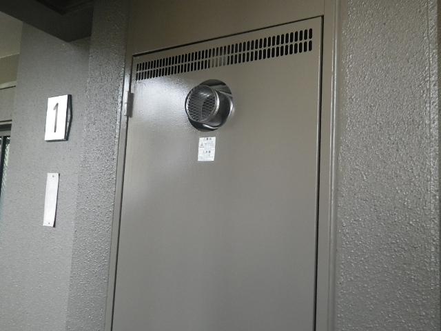 PS扉内設置ガス給湯器取替工事 取替工事完了後。