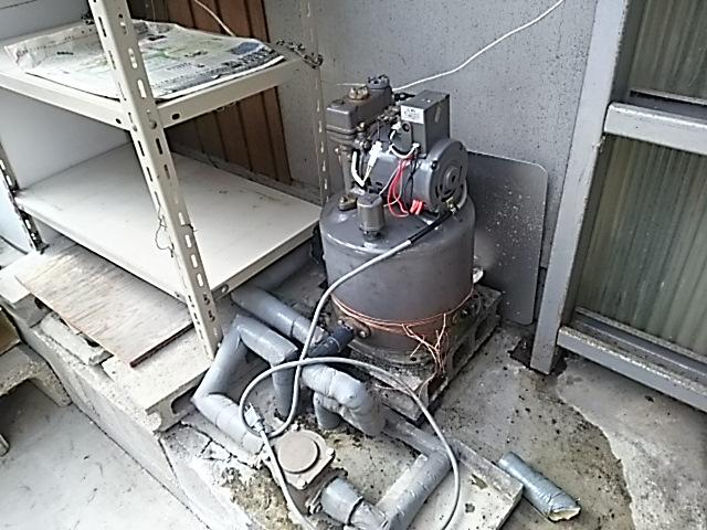 浅井戸用電気井戸ポンプ取替工事 取替施工前。