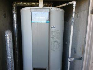 既設タカラスタンダード丸形の電気温水器